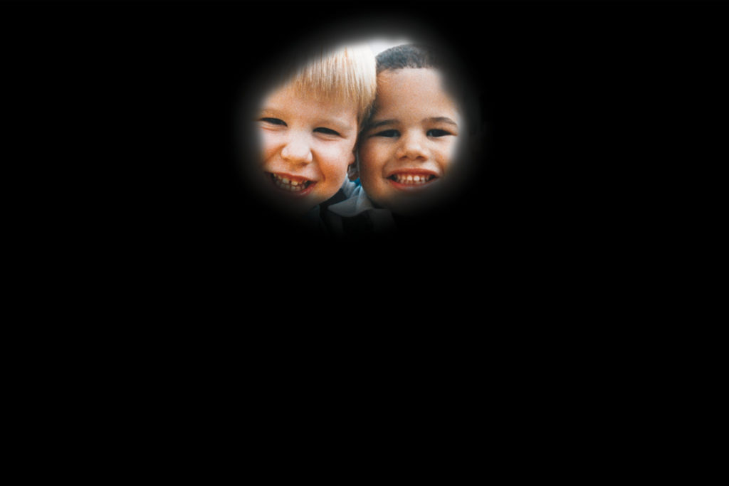 peripheral vision loss depiction with retinitis pigmentosa